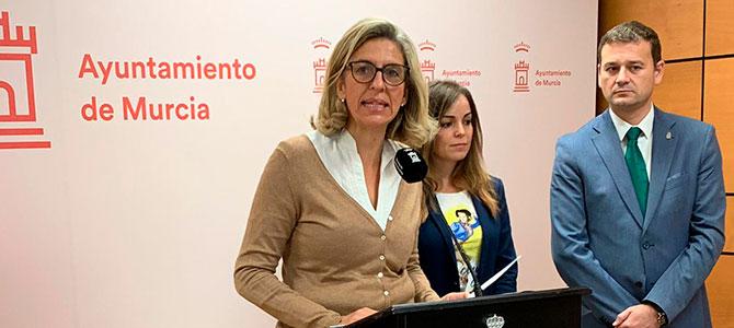 """Mercedes Bernabé: """"Es triste que el PSOE use el machismo para desviar la atención"""""""